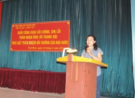 Bà Vui bày tỏ những bức xúc mà gia đình mình gánh chịu trong 10 năm qua.