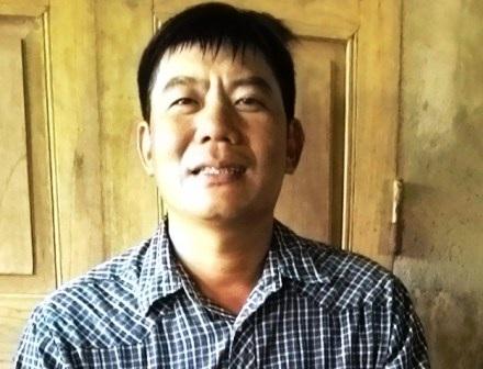 Anh Phan Văn Bảy hào hứng kể lại chuyện tham gia xây dựng công trình biển đảo Trường Sa.