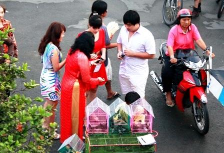 Tục hóa vàng ngày mùng 3 Tết của người Việt - 3
