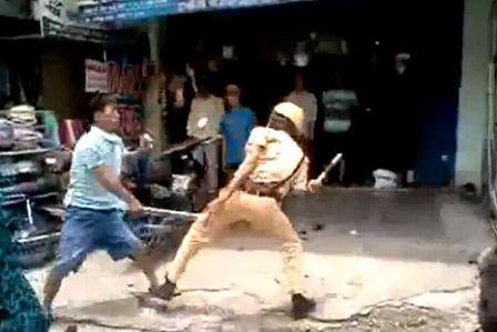 Người tấn công CSGT là cảnh sát cơ động - 2