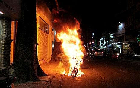 Các vụ cháy xe trong năm 2012 được dư luận khá quan tâm