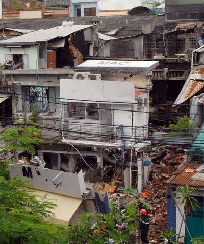 Hiện trường vụ nổ sập 3 căn nhà khiến 11 người chết