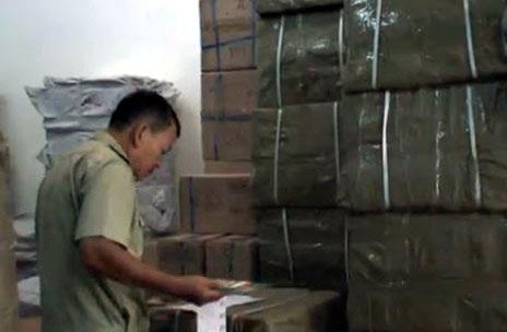 Trong 3 tháng đầu năm, QLTT TP.HCM đã tạm giữ gần 160 tấn hàng nhập lậu, hàng giả