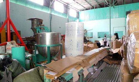 Khu vực sản xuất nhếch nhác, thiếu an toàn trong công tác phòng chống cháy nổ
