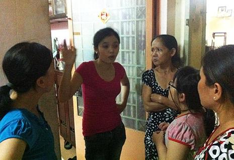 Nhiều người dân trong khu chung cư Nguyễn Kim chưa hết bàng hoàng sau vụ án