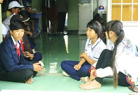 Những học sinh lớp 8A6 bàng hoàng khi có 3 bạn chung lớp chết thảm khi đi du lịch