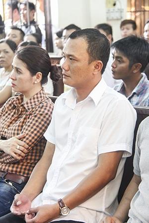 Toàn cảnh phiên tòa xét xử nguyên Đại úy CœGT Ngô Văn Vinh