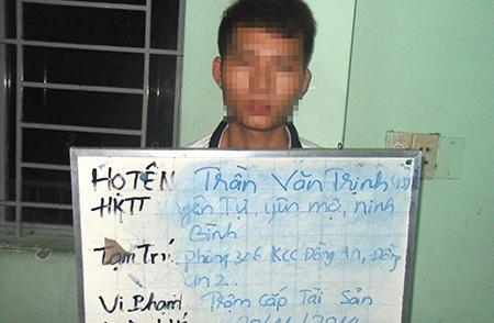 Tên trộm bị tạm giữ tại cơ quan công an