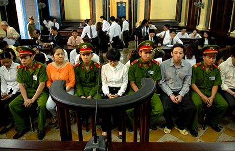 Huyền Như tại phiên tòa sơ thẩm đã bị tuyên mức án chung thân