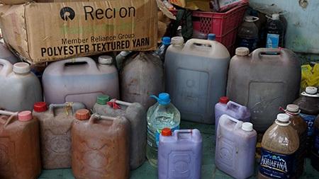 Nguyên liệu làm gia vị dỏm được mua trôi nổi trên thị trường