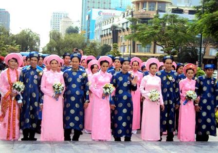 Một đám cưới tập thể được tổ chức tại TP.HCM
