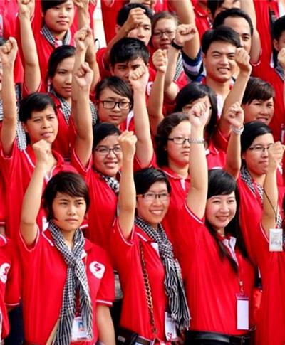 Các tình nguyện viên của Hành trình đỏ mùa thứ 2