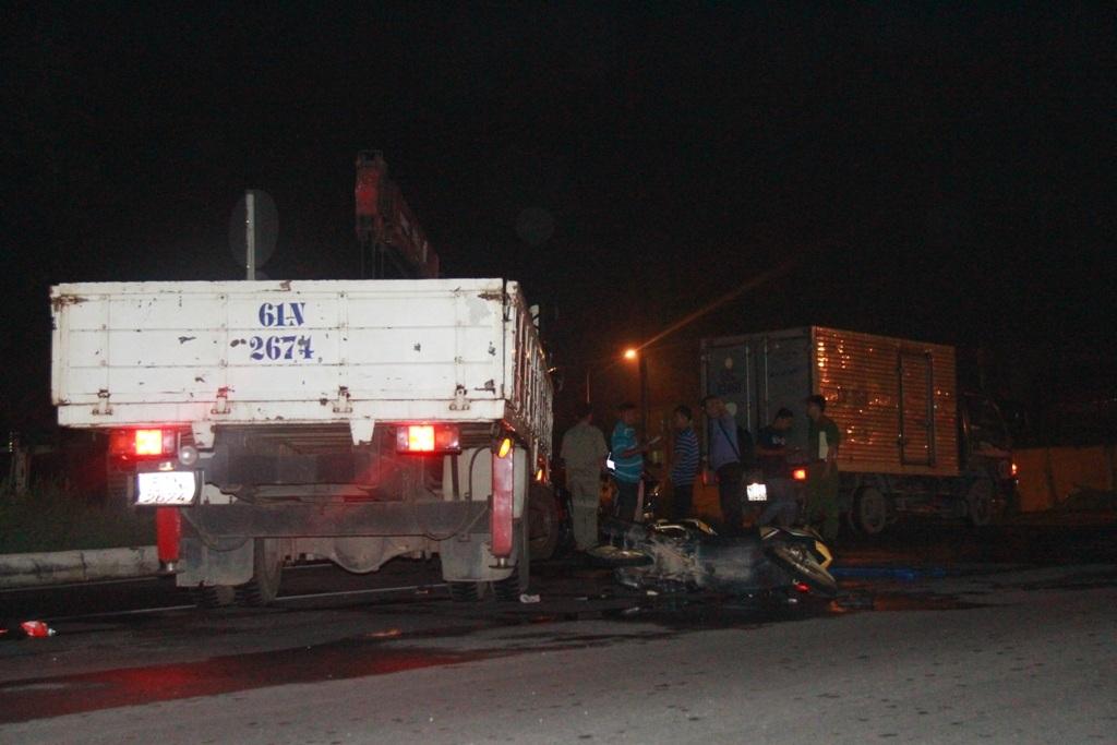 Hiện trường vụ tai nạn khiến 1 người chết, 2 người bị thương