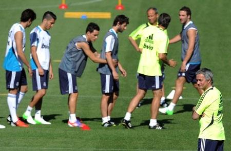 Jose Mourinho đang tạo nên một Real Madrid với sức mạnh khủng khiếp