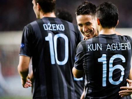 Tưởng chừng nư nụ cười sẽ ở lại trên môi các cầu thủ Manchester City…