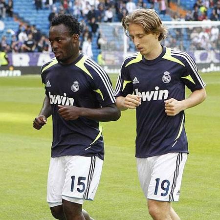 Modric và Essien nhiều cơ hội sẽ được đá chính trong trận đấu với Mallorca