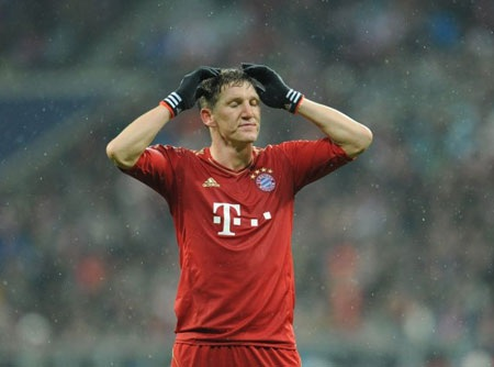 Một Bayern Munich với sức công phá khủng khiếp bỗng trở nên bất lực ngay tại Allianz Arena