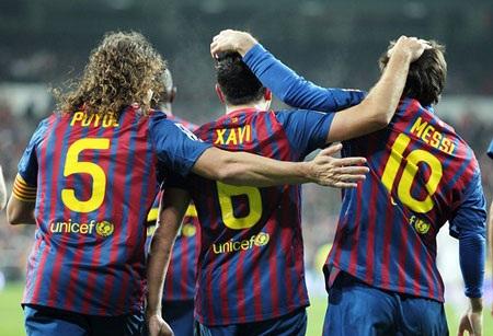 Barcelona nhanh chóng hoàn tất mục tiêu giữ chân bộ ba Messi-Xavi-Puyol