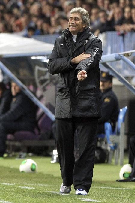 HLV Pellegrini tỏ ra rất hài lòng với màn trình diễn của các học trò trước gã khổng lồ Barcelona.
