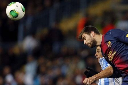 Hàng thủ của Barcelona…