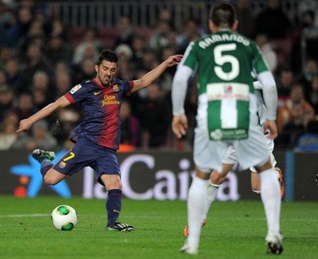 Messi đang phải cày ải quá nhiều