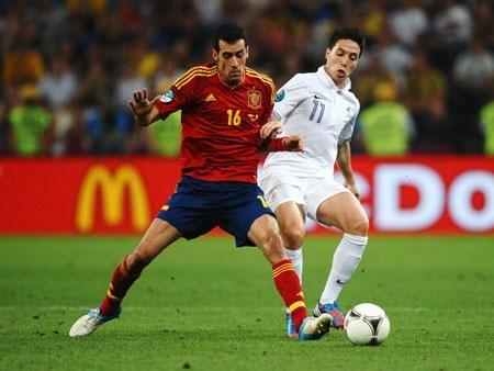 Đại chiến Pháp-Tây Ban Nha sẽ mang tính quyết định đến chiếc vé chính thức dự World Cup 2014