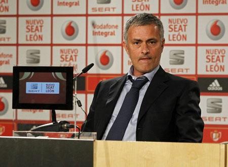 Mourinho sẽ chia tay Real Madrid để trở lại dẫn dắt Chelsea