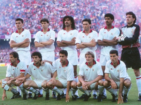 Ancelotti từng là nhân tố quan trọng trong đội hình AC Milan dưới thời Sacchi