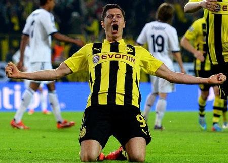 Manchester City muốn nẫng tay trên Bayern Munich trong thương vụ Lewandowski