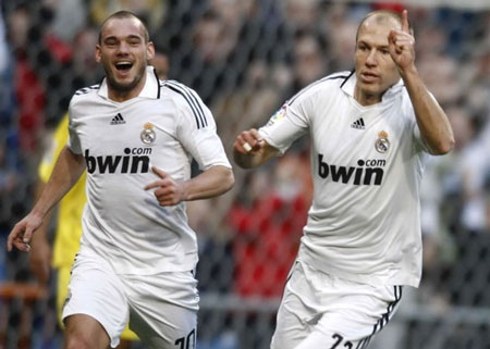 Mùa hè 2009 là kỳ chuyển nhượng mà Real Madrid thu về nhiều tiền bán cầu thủ nhất