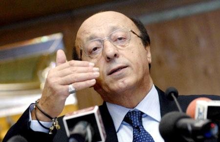 Cú vấp với chủ tịch Moggi đã nhấn chìm danh tiếng của Juventus