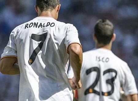 C.Ronaldo-Isco in dấu giày trong 12 bàn thắng từ đầu mùa của Real Madrid