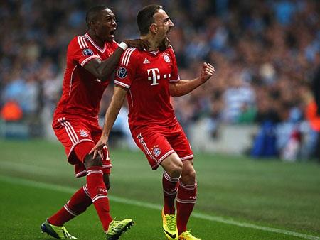 Ribery và Alaba thi đấu cực kỳ ấn tượng bên hành lang cánh trái Bayern Munich