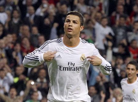 C.Ronaldo lần thứ hai đoạt danh hiệu