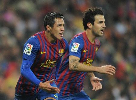 Alexis và Fabregas nhiều khả năng sẽ chia tay Nou Camp