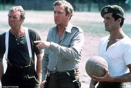 Bộ phim có sự góp mặt của Bobby Moore trong vai trò diễn viên khách mời