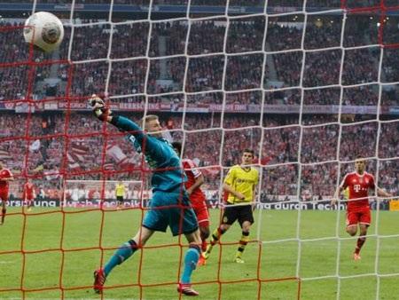Hofmann ấn định chiến thắng cho đội khách