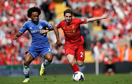 Liverpool dồn toàn lực tấn công hòng tìm kiếm bàn gỡ trong hiệp 2.