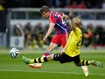 Bayern lẫn Dortmund đều lựa chọn lối chơi thận trọng