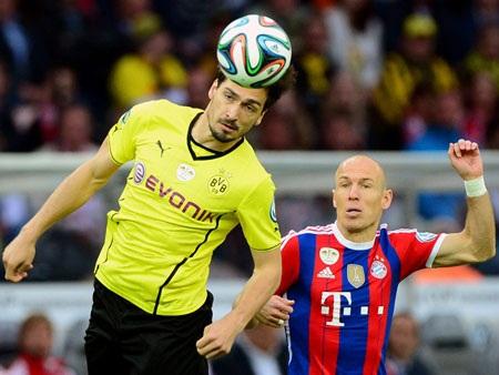 Bayern hoàn tất cú đúp danh hiệu quốc nội trong mùa giải đầu tiên dưới thời Guardiola