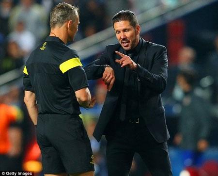 Và lẽ ra, trận đấu phải được kết thúc trước khi Sergio Ramos ghi bàn gỡ hòa cho Real