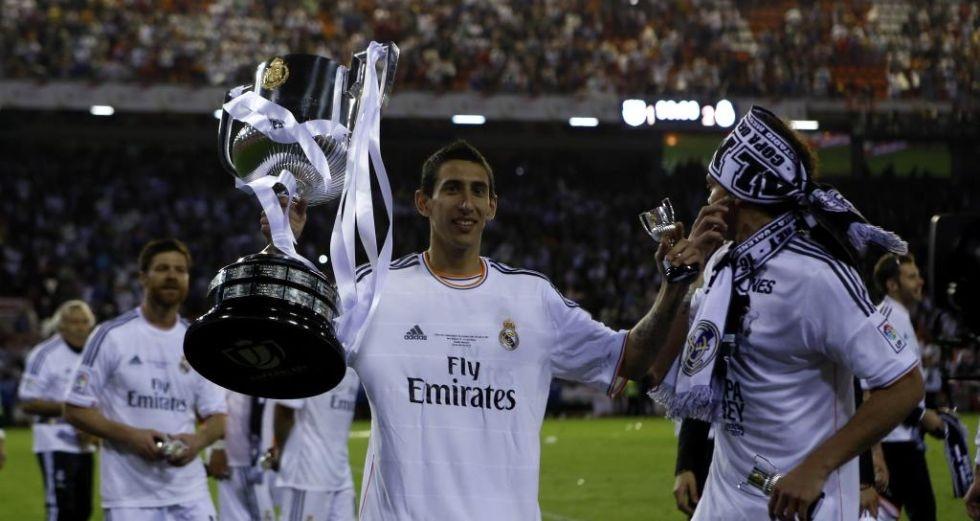 Di Maria và chiếc cúp nhà Vua thứ hai trong màu áo Real Madrid.