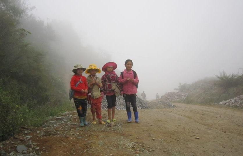 Trẻ em ở Cao Sơn chỉ biết nơi này là cả một thế giới