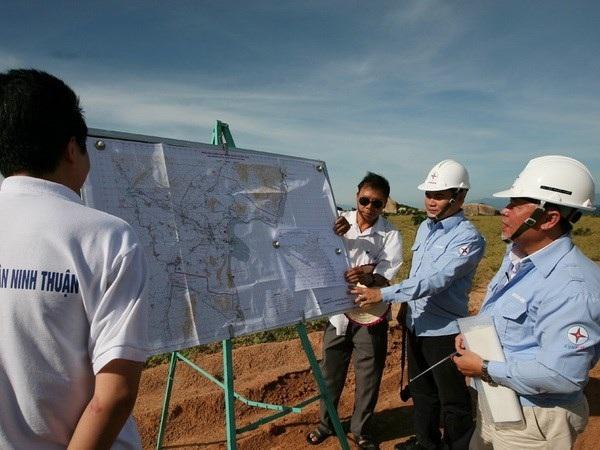 Khảo sát khu vực triển khai thi công nhà máy điện hạt nhân Ninh Thuận.