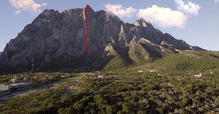 Đường màu đỏ thể hiện quãng đường mà Honnold đã chinh phục.