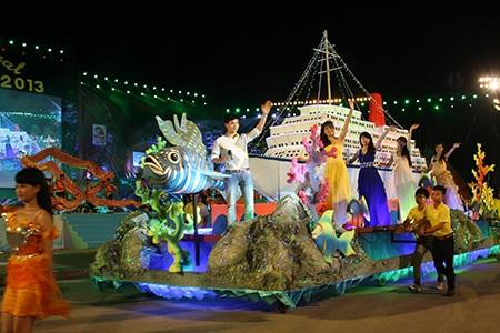 Gần 4.000 diễn viên biểu diễn tại Carnaval Hạ Long 2014