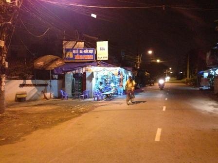 Khu vực nơi tài xế taxi dừng xe cầu cứu người dân việc cháu bé 4 tháng bị mẹ đánh dã man