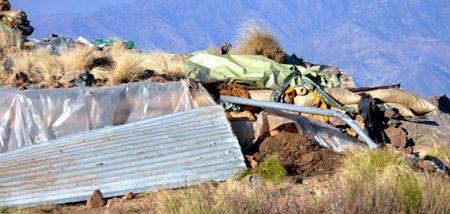 Pakistan công bố hình ảnh vụ không kích của NATO - 4