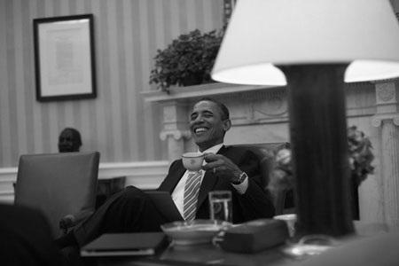 """""""Hậu trường"""" một ngày làm việc của Obama - 13"""