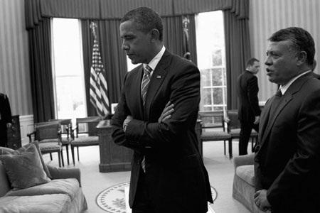 """""""Hậu trường"""" một ngày làm việc của Obama - 14"""